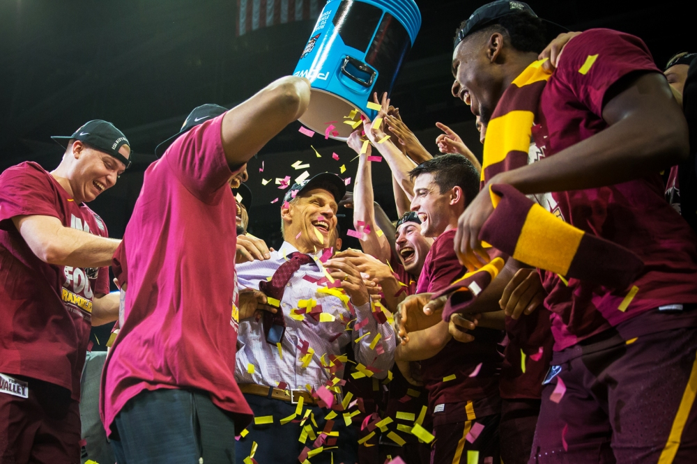 Loyola Ramblers take on Kansas State in the Elite Eight at Phili