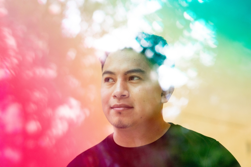 Portrait of Arrupe College alumnus Osmar Cruz. (Photo: Lukas Keapproth)
